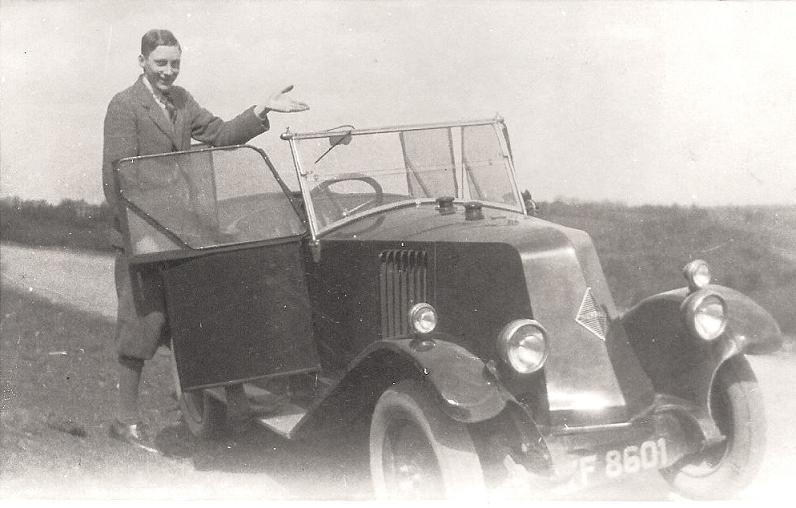Alaric with his car, Plymouth 1926-1928.